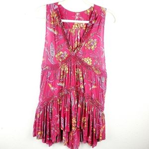 FREE PEOPLE Magenta V-neck Ruffled Floral Tank Top